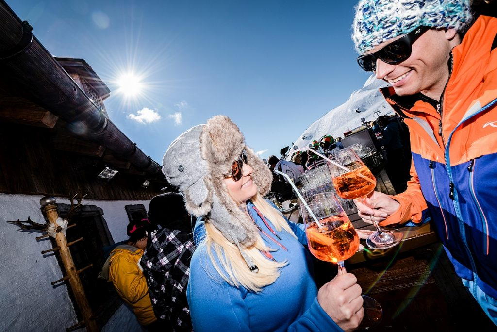 Ein bisschen Aprés-ski darf sein und gehört zu einem Skiurlaub dazu!